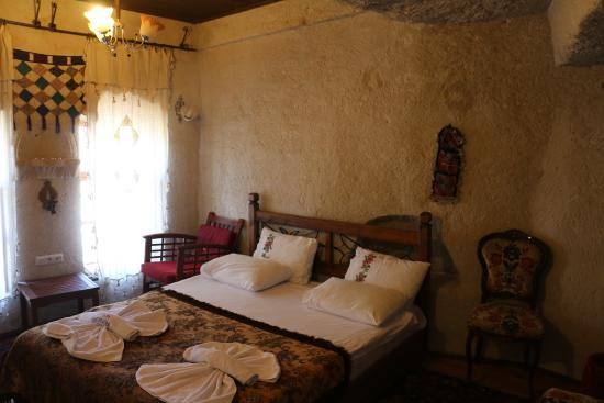 Sunset Cave Hotel: Room 5