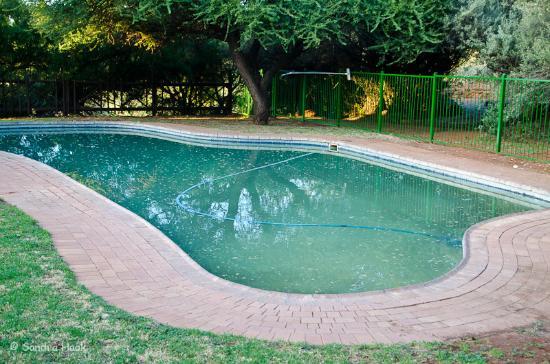 Kimberley, Sudáfrica: Verschmutzter Pool