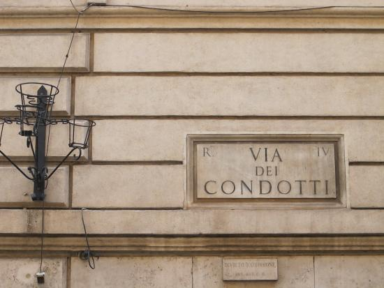 Via dei Condotti - Miu Miu - Foto di Via Condotti dc103d8d26c