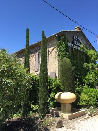 Le Mas Des Carassins Hotel: photo3.jpg