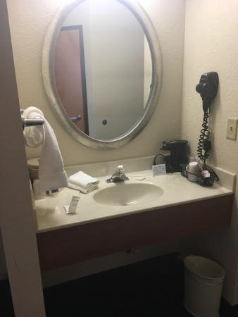 Jackson, OH: We were in room 110. It was clean and comfy.