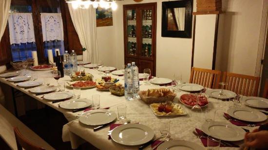 La Francigena: la bella tavola!