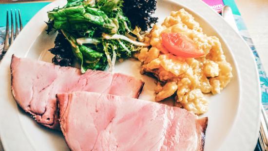 "Habkern - Restaurant Bären - ""Buurehamme, Erdäpfelsalat, grüner Salat"""