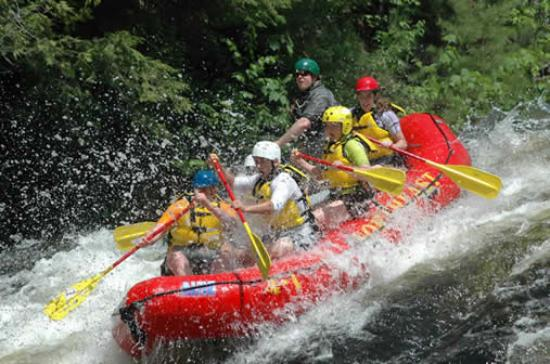 กรีนวิลล์, เมน: Whitewater Rafting