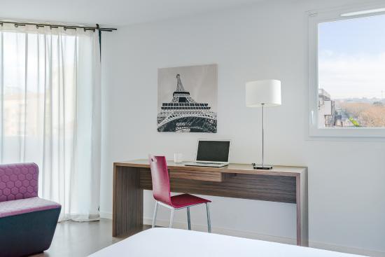 Hevea appart hotel valence frankrijk foto 39 s reviews for Valence appart hotel