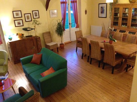Domaine de Blaignac: salle a manger