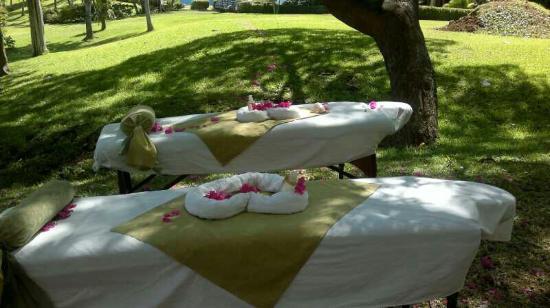 Beach's Massage: altAmN42zU-FWmZhvc8h9JYY9aUUToWXaZlvl9HQaWOTNwn_large.jpg