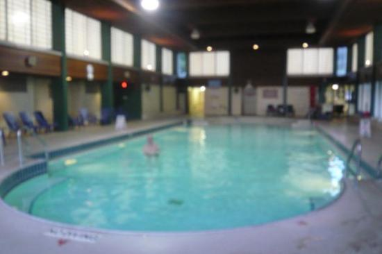 Public pool - Picture of Harrison Hot Springs Public Pool