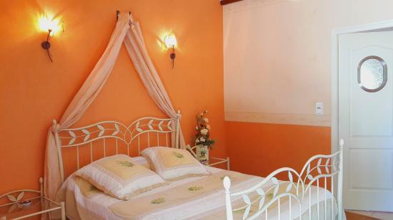 Siorac-en-Périgord, ฝรั่งเศส: Chambre Puits d'Amour