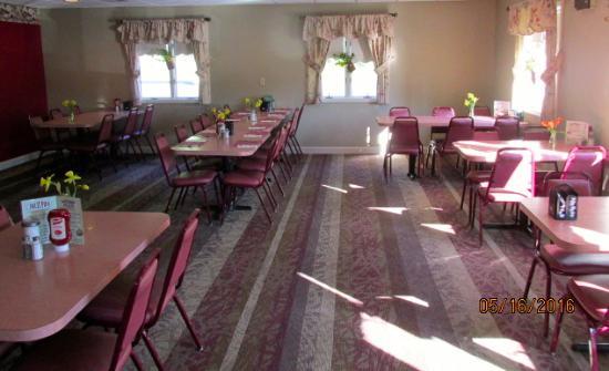 Ranch House Restaurant: Interior
