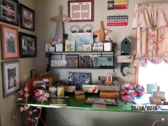 Ranch House Restaurant: Gift Shop