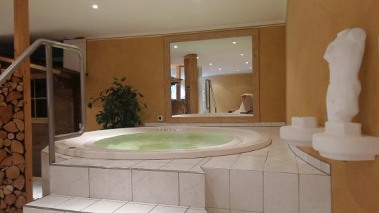 Waldhotel Doldenhorn: 20160515_174310_large.jpg