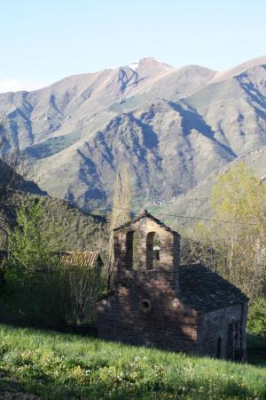 Laspaúles, España: Entorno de Casa Perich.