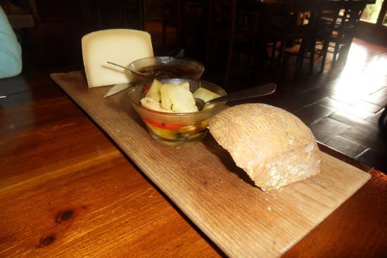 Figari, Francia: plateau de fromage délicieux