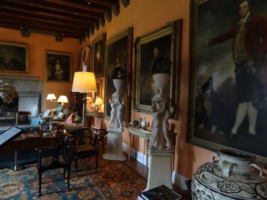 Cawdor Castle: Interior