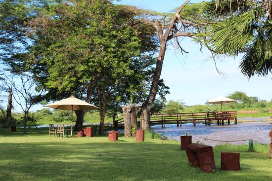 Voyager Ziwani, Tsavo West Picture