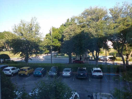 Crown Club Inn Orlando By Exploria Resorts: estacionamento