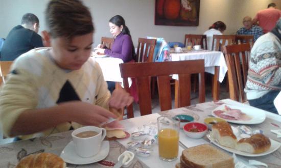 Quillen Hotel & Spa: Desayunador