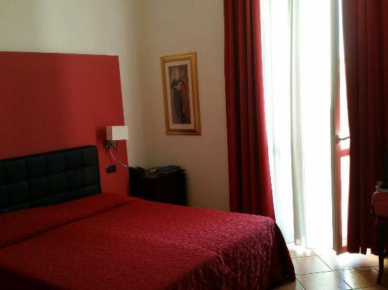 谷賽爾奧索尼亞酒店照片