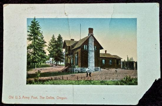 Fort Dalles Museum and Anderson Homestead: Early Picture of Fort Dalles Museum