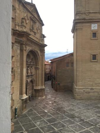 Parador de Santo Domingo de la Calzada: Portada de la Concatedral