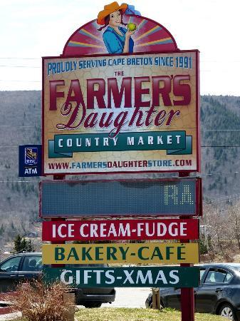 Farmers Daughter Photo