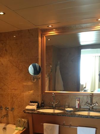 Constantinou Bros Asimina Suites Hotel: Fabulous 5* hotel