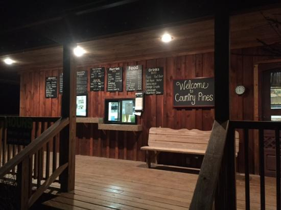 Kane, PA: Closing time at Country Pines 2016