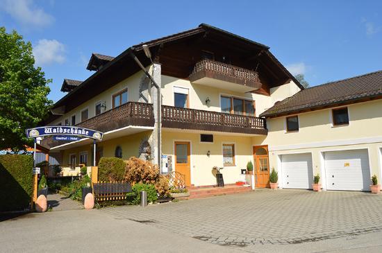 Hotels In Altfraunhofen Deutschland