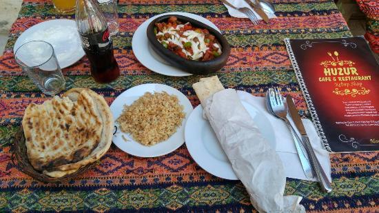 Huzur Cafe & Resturant