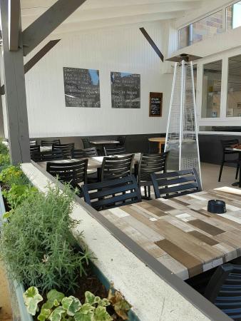 Atlantic Bar & Restaurant