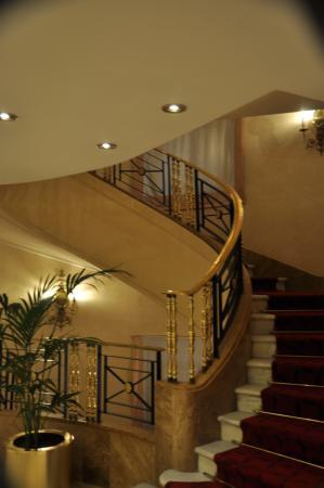 Gran Melia Fenix: Optional stairs