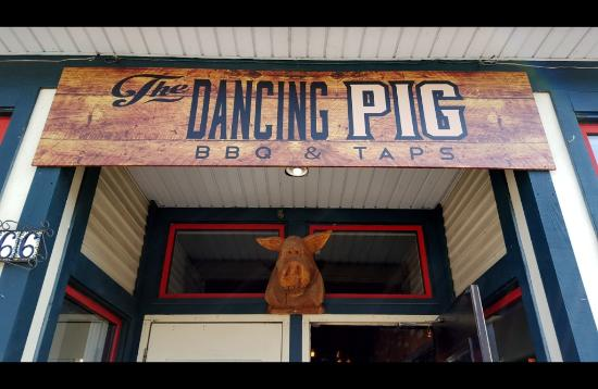 Delta, Canada: Welcome to The Dancing Pig