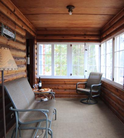 Manitowish Waters, WI: Lakeview's all season room