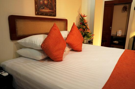 Best Western Las Mercedes Leon: King Size bed