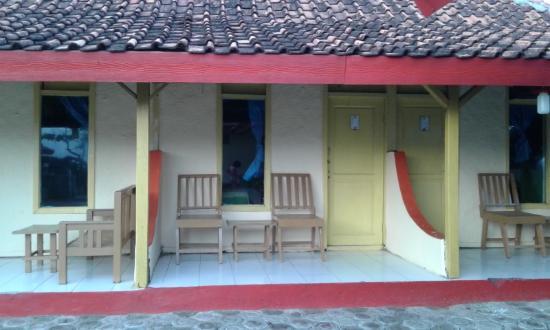 Karang Laut Inn
