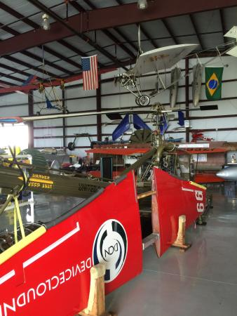 Kissimmee, FL: Display in hangar 5