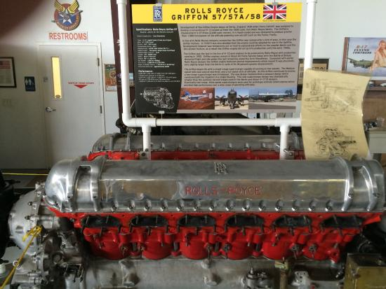 Kissimmee, FL: Rools Royce engine