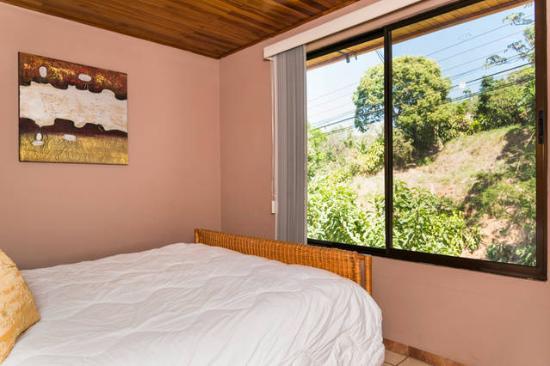 Grecia, Costa Rica: El Nido Queen Bed