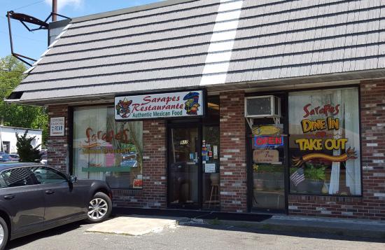 Sarapes Restaurant: Main Entrance
