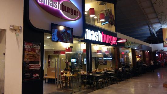 Smashburger Plaza Futura