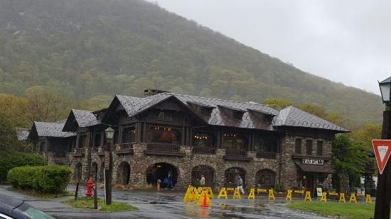 Bear Mountain Inn: 20160501_170102_large.jpg