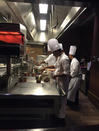 Astor Grill at the St. Regis Doha: photo0.jpg