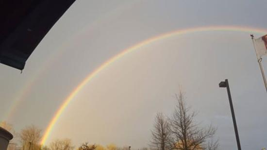 Fort Erie, Canadá: A DOUBLE rainbow to start our Convention