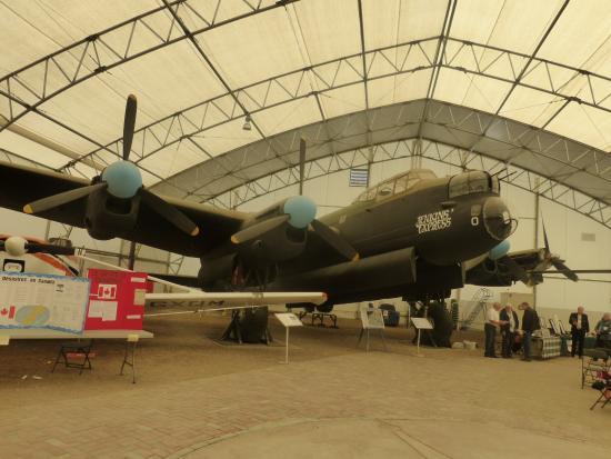 The Hangar Flight Museum Foto