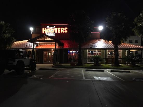Italian Restaurants Near Hobby Center