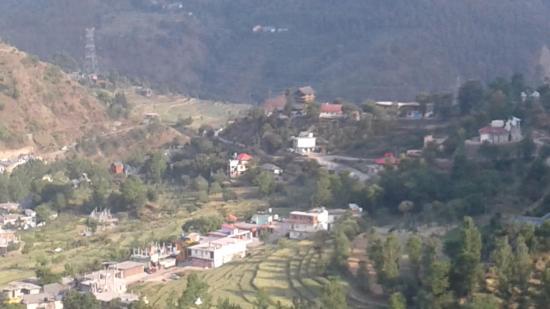 Pangna-Karsog Valley: pangna village