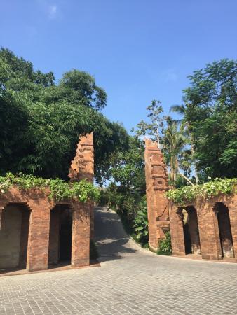 Super stylish Bali village luxury escape