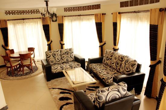 Savannah Resort Hotel: Deluxe 2 bedroom Suite