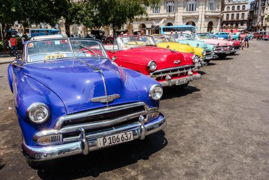 Havana Adventures: a colourful history